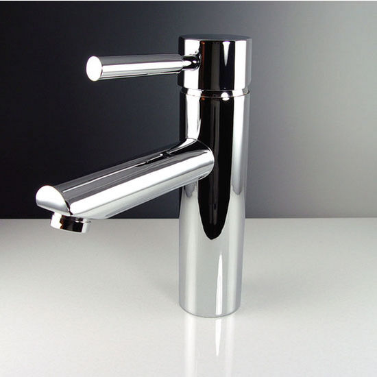 "Fresca Tartaro Single Hole Mount Bathroom Vanity Faucet in Chrome, Dimensions: 1-3/4"" W x 6-1/8"" D x 7-3/8"" H"