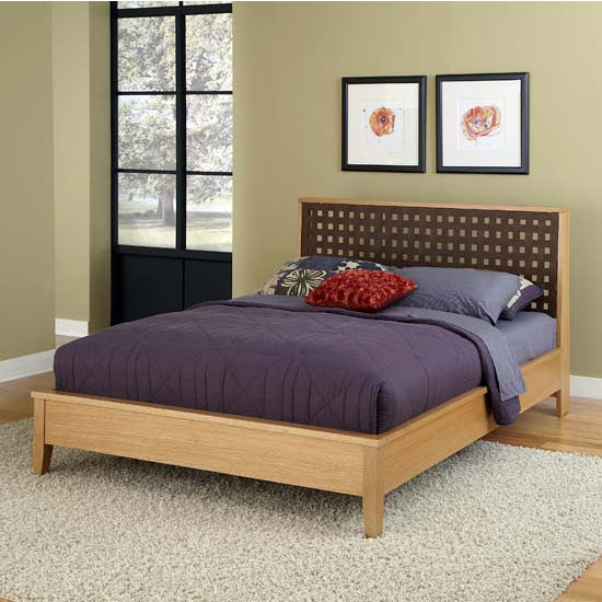 Home Styles The Rave Highlighted Blonde Queen Bed, 62-1/2'' W x 90-1/2'' D x 42'' H