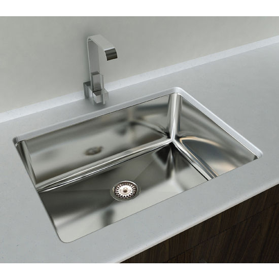 "Cantrio Koncepts Single Basin Under-Mount Sink, 18-Gauge 304-Series Stainless Steel (18/10), 10mm Radius with Strainer Drain, 32""W x 18""D x 10""H"
