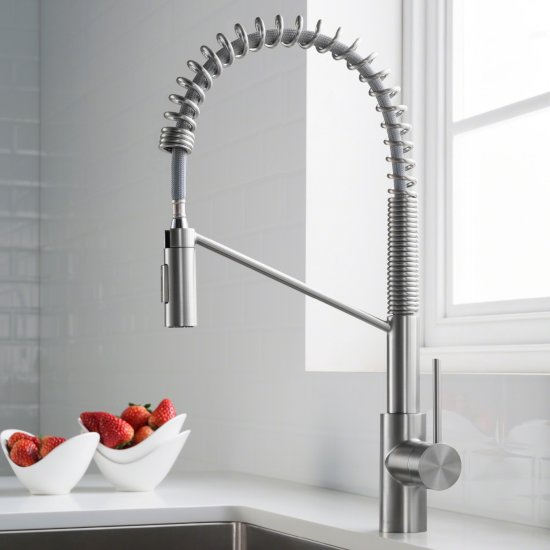 Single Handle Pull Down Faucet Chrome