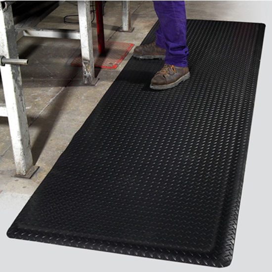 Mat Pro Ultimate Diamond Foot™ Floor Mat
