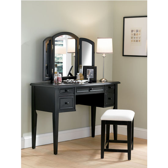 Vanity, Mirror & Bench / Stool