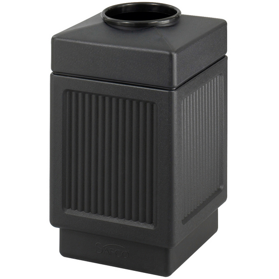 Safco® CanMeleon™ 38-Gallon Top Opening Outdoor Trash Can