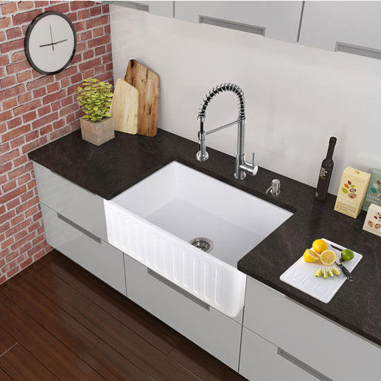 Chrome Pull-Out Spray Kitchen Faucet