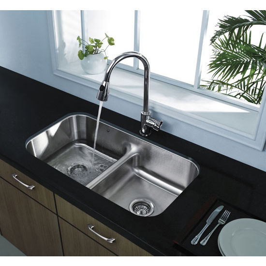 Chrome Curved Pull-Out Spray Kitchen Faucet