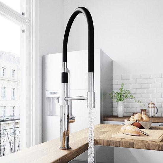 Chrome Faucet - Illustration 1