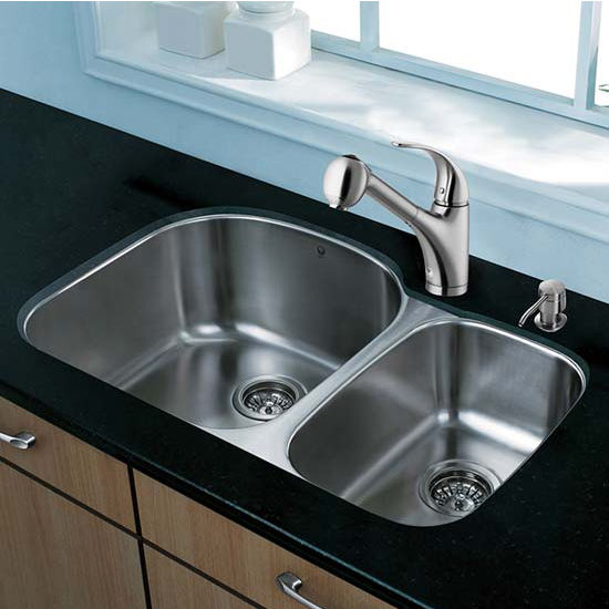 Vigo VIG-VG15305, All in One 31'' Undermount Stainless Steel Kitchen Sink and Faucet Set