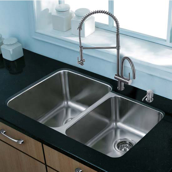 Vigo VIG-VG15311, All in One 32'' Undermount Stainless Steel Kitchen Sink and Faucet Set