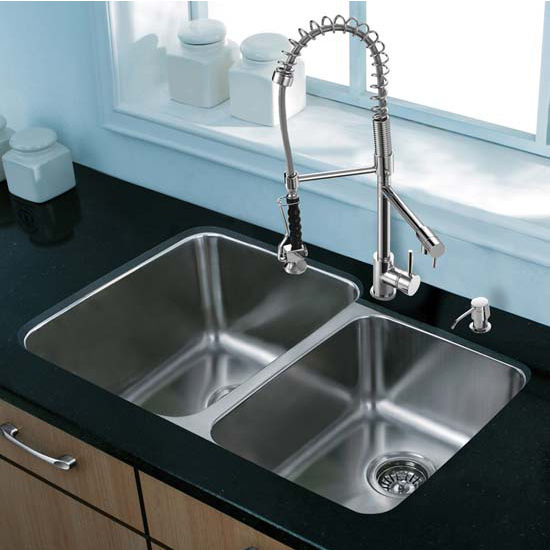 Vigo VIG-VG15312, All in One 32'' Undermount Stainless Steel Kitchen Sink and Chrome Faucet Set