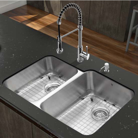 Vigo VIG-VG15314, All in One 32'' Undermount Stainless Steel Kitchen Sink and Chrome Faucet Set