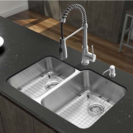 Vigo VIG-VG15316, All in One 32'' Undermount Stainless Steel Kitchen Sink and Faucet Set