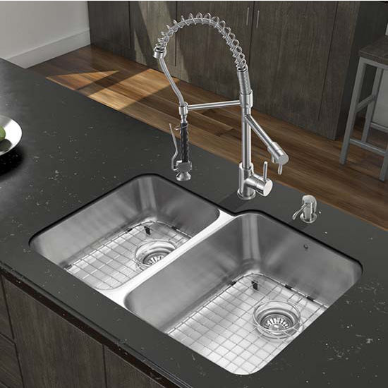 Vigo VIG-VG15319, All in One 32'' Undermount Stainless Steel Kitchen Sink and Faucet Set