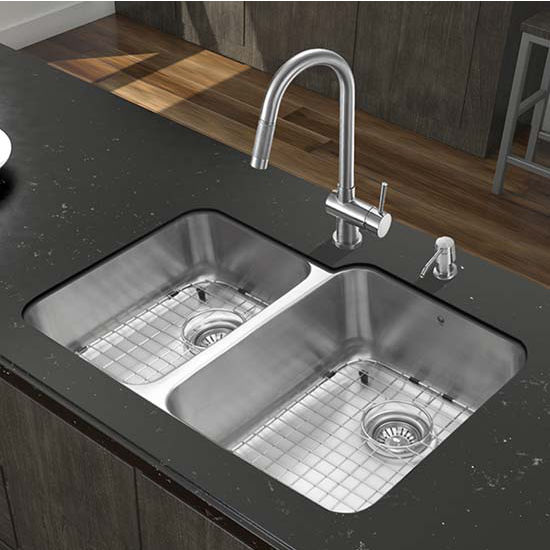 Vigo VIG-VG15320, All in One 32'' Undermount Stainless Steel Kitchen Sink and Faucet Set