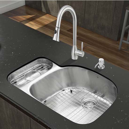 Vigo VIG-VG15328, All in One 32'' Undermount Stainless Steel Kitchen Sink and Faucet Set