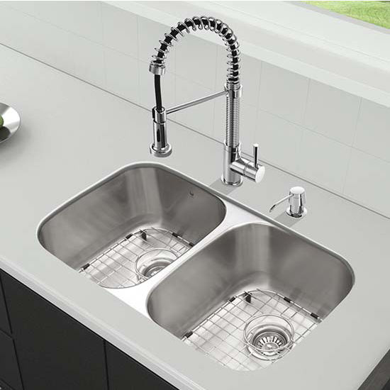 Vigo VIG-VG15330, All in One 32'' Undermount Stainless Steel Kitchen Sink and Chrome Faucet Set