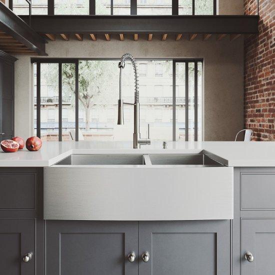 VG15434 Sink Set w/ Laurelton Faucet