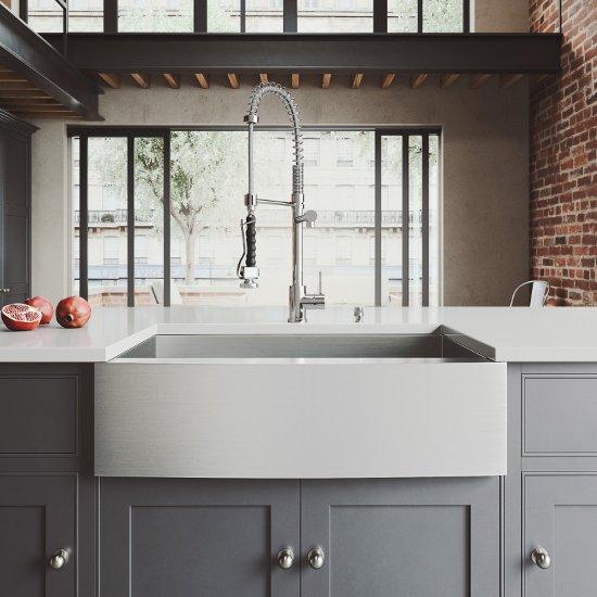 Sink Set w/ Zurich Faucet