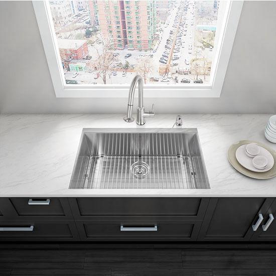 "32"" Undermount Kitchen Sink, Grid and Strainer, Stainless Steel Finish, 32""W x 19""D"