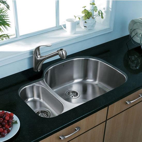 "32"" Undermount Stainless Steel 18 Gauge Double Bowl Kitchen Sink"