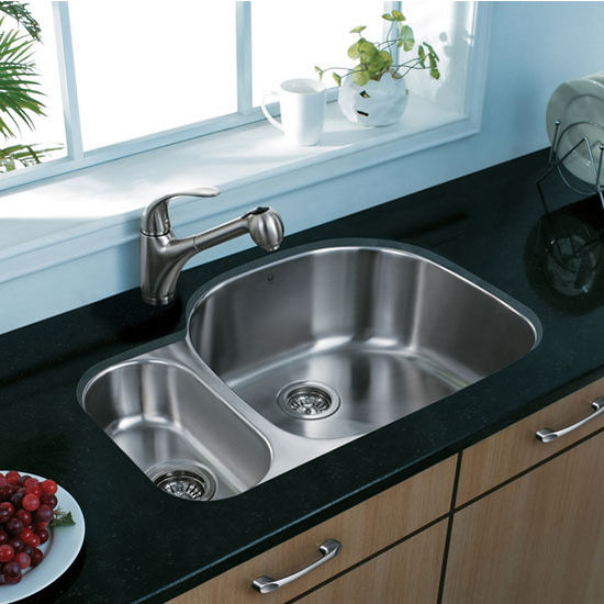 """32"""" Undermount Kitchen Sink, Grid and Two Strainers, Stainless Steel Finish, 31-3/4""""W x 21""""D"""