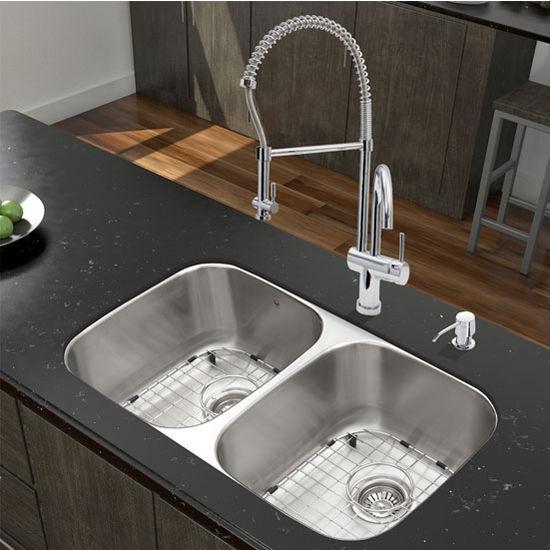 32'' Undermount Stainless Steel 18 Gauge Double Bowl Kitchen Sink