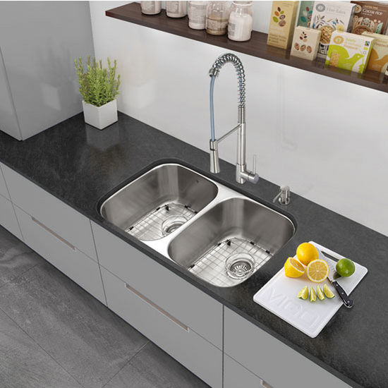 32'' Undermount Stainless Steel 18 Gauge Double Bowl Kitchen Sink, Grids and Strainers
