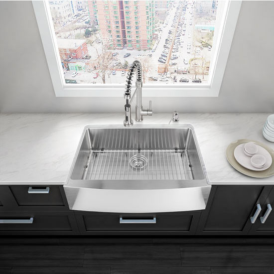 "33"" Farmhouse Kitchen Sink with Curved Corners, Grid and Strainer, Stainless Steel Finish, 33""W x 22-1/4""D"