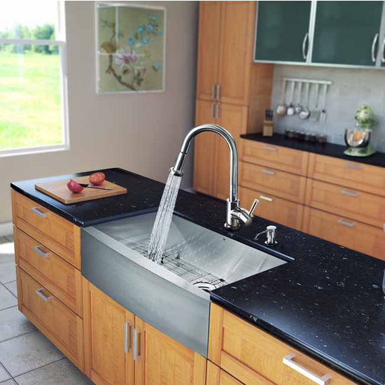 "Vigo All in One 33"" Farmhouse Stainless Steel Kitchen Sink and Chrome Faucet Set, VIG-VG15124"