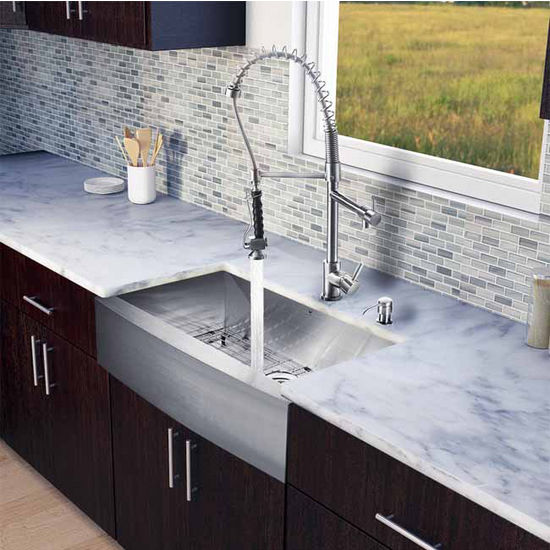 "Vigo All in One 33"" Farmhouse Stainless Steel Kitchen Sink and Faucet Set, VIG-VG15126"