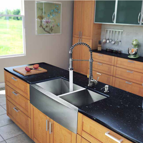 "Vigo All in One 33"" Farmhouse Stainless Steel Double Bowl Kitchen Sink and Faucet Set, VIG-VG15131"