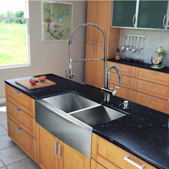 "Vigo All in One 33"" Farmhouse Stainless Steel Double Bowl Kitchen Sink and Faucet Set, VIG-VG15134"