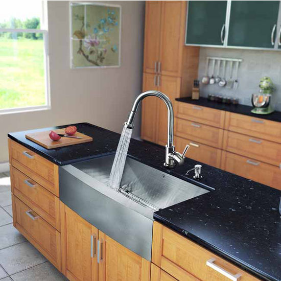 "Vigo All in One 33"" Farmhouse Stainless Steel Kitchen Sink and Chrome Faucet Set, VIG-VG15202"