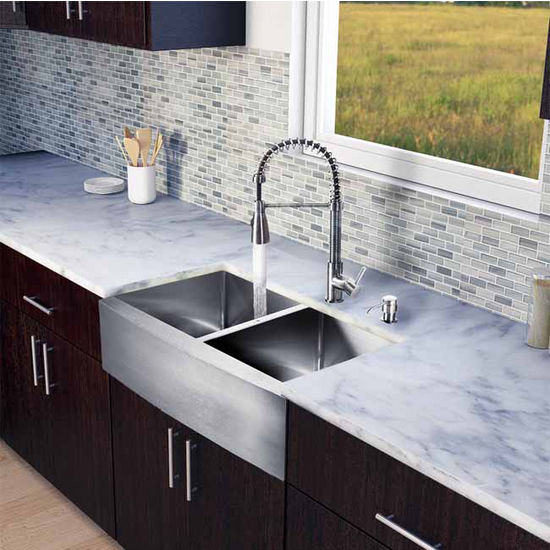 "Vigo All in One 33"" Farmhouse Stainless Steel Double Bowl Kitchen Sink and Faucet Set, VIG-VG15210"